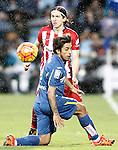 Atletico de Madrid's Filipe Luis (t) and Getafe's Damian Suarez during La Liga match. February 14,2016. (ALTERPHOTOS/Acero)