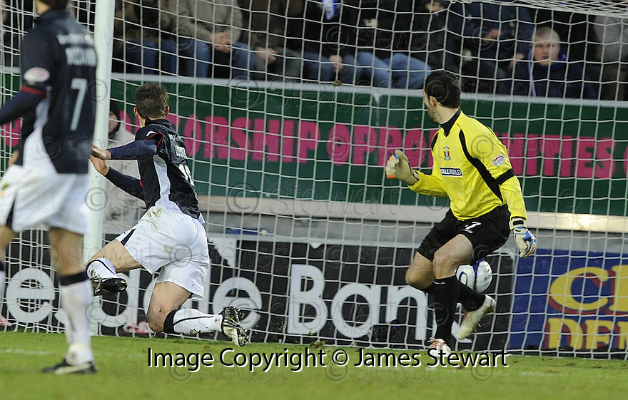 03/01/2009  Copyright Pic: James Stewart.File Name : sct_jspa01_falkirk_v_kilmarnock.STEVE LOVELL SCORES FALKIRK'S FIRST.James Stewart Photo Agency 19 Carronlea Drive, Falkirk. FK2 8DN      Vat Reg No. 607 6932 25.Studio      : +44 (0)1324 611191 .Mobile      : +44 (0)7721 416997.E-mail  :  jim@jspa.co.uk.If you require further information then contact Jim Stewart on any of the numbers above.........