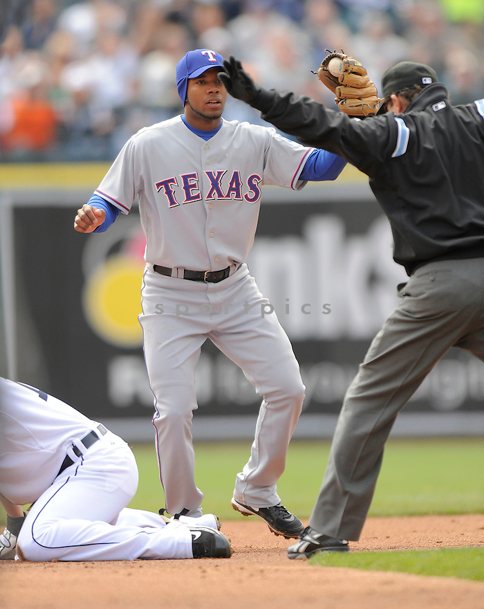 ELVIS ANDRUS,of the Texas Rangers, during the Rangers game against the Detroit Tigers  on April 10, 2009 in Detroit, Michigan  The Tigers beat  the Rangers 15-2.