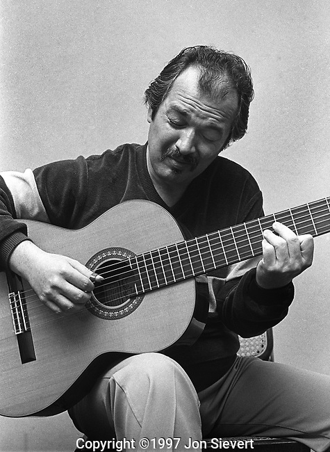 Lenny Breau, Jan 15, 1981, GPI Offices, Cupertino, CA. The late Lenny Breau was an uncrowned king of jazz fingerstyle guitar. A relatively unknown voice on the instrument, he startled newcomers to his music by his ability to comp chords behind himself sounding like two guitarists, ring out lengthy bell-like harmonic passages, tastefully blend his influences of country, jazz and flamenco and fluidly improvise in this style.