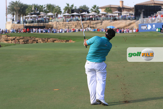 Hiradech Aphibarnrat (THA) on the 18th fairway during Round 4 of the DP World Tour Championship 2017, at Jumeirah Golf Estates, Dubai, United Arab Emirates. 19/11/2017<br /> Picture: Golffile | Thos Caffrey<br /> <br /> <br /> All photo usage must carry mandatory copyright credit     (&copy; Golffile | Thos Caffrey)