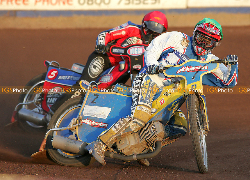 Heat 7 - Davidsson (green), Kylmakorpi - Lakeside Hammers vs Reading Bulldogs - Elite League Speedway at Arena Essex - 20/06/07 - MANDATORY CREDIT: Gavin Ellis/TGSPHOTO - SELF-BILLING APPLIES WHERE APPROPRIATE. NO UNPAID USE -  Tel: 0845 0946026