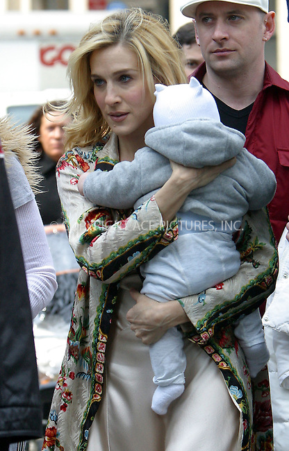 "Actress Sarah Jessica Parker tried to combine her parental and acting duties as she brought her baby to the set of HBO's popular series ""Sex and the City."" Sarah was seen walking around with her bundle of joy under heavy guard of her bodyguards and police officers. New York, April 2, 2003. Please byline: Alecsey Boldeskul/NY Photo Press.   ..*PAY-PER-USE*      ....NY Photo Press:  ..phone (646) 267-6913;   ..e-mail: info@nyphotopress.com"