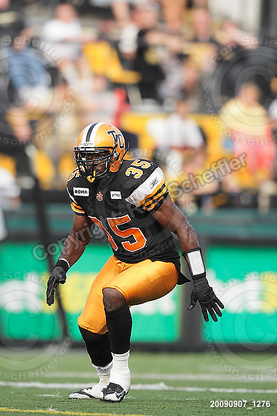 September 7, 2009; Hamilton, ON, CAN; Hamilton Tiger-Cats linebacker Otis Floyd (35). CFL football - the Labour Day Classic - Toronto Argonauts vs. Hamilton Tiger-Cats at Ivor Wynne Stadium. The Tiger-Cats defeated the Argos 34-15. Mandatory Credit: Ron Scheffler.