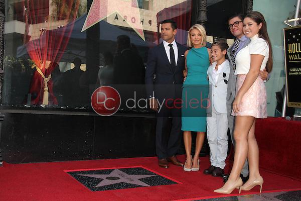 Kelly Ripa, family<br /> at the Kelly Ripa Star on the Hollywood Walk of Fame, Hollywood, CA 10-12-15<br /> David Edwards/Dailyceleb.com 818-249-4998