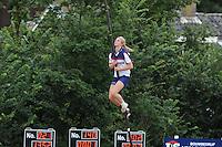 FIERLJEPPEN: WINSUM: Accommodatie 'St. Japik', St. Fierljep-akkommodaasje Winsum, 11-08-2012, Fries kampioenschap 2012, Dames, Hilianne van der Wal (#100), ©foto Martin de Jong