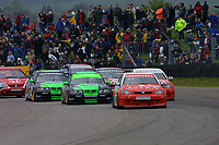 Round 3 of the 2002 British Touring Car Championship. Race start.