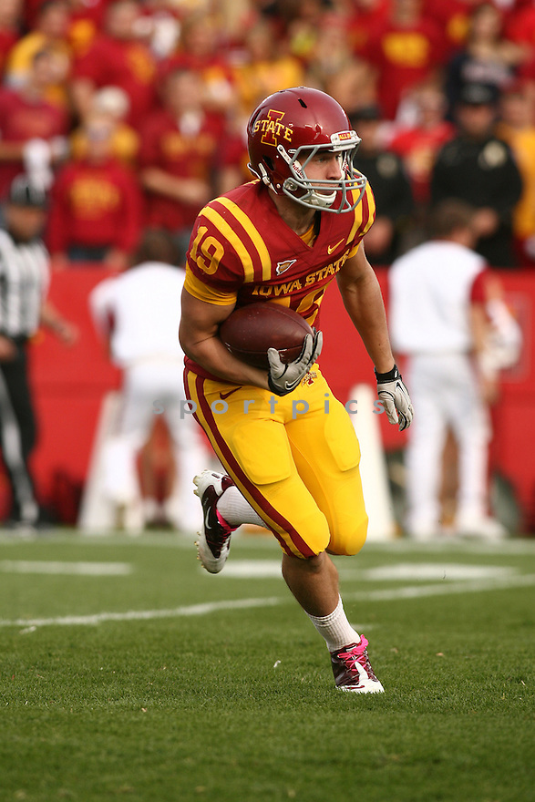 JOSH LENZ, of the Iowa State Cyclones, in action during Iowa State's game against the Texas A&M Aggies on October 22, 2011 at Jack Trice Stadium in Ames, IA. Texas A&M beat Iowa State 33-17.