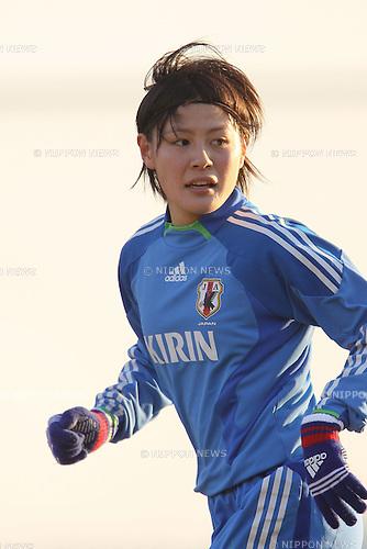 Hikaru Naomoto (JPN), .FEBRUARY 11, 2012 - Football / Soccer : Nadeshiko Japan team training Wakayama camp at Kamitonda Sports Center in Wakayama, Japan. (Photo by Akihiro Sugimoto/AFLO SPORT) [1080]