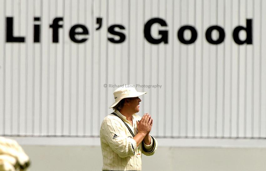 Photo: Steve Holland..Australia v England. 3 mobile Test Series, The Ashes 2006/07, 4th Test. 26/12/2006..Shane Warne.