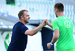 """v.l. Trainer Hans-Dieter """"Hansi"""" Flick (Bayern), Robin Knoche (Wolfsburg)<br />Wolfsburg, 27.06.2020: nph00001: , Fussball Bundesliga, VfL Wolfsburg - FC Bayern Muenchen<br />Foto: Tim Groothuis/Witters/Pool//via nordphoto<br /> DFL REGULATIONS PROHIBIT ANY USE OF PHOTOGRAPHS AS IMAGE SEQUENCES AND OR QUASI VIDEO<br />EDITORIAL USE ONLY<br />NATIONAL AND INTERNATIONAL NEWS AGENCIES OUT"""
