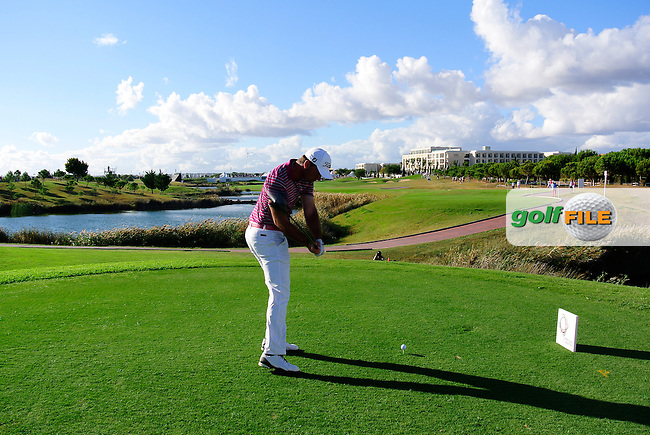 Ricardo Santos (POR) tees off the 18th tee during Thursday's Round 1 of the Portugal Masters at the Oceanico Victoria Golf Course, Vilamoura, Portugal 10th October 2012 (Photo Eoin Clarke/www.golffile.ie)