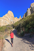 New Zealand South. Oamaru to Clay Cliffs 4-5star