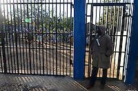 TANZANIA Mara, Tarime, village Masanga, region of the Kuria tribe who practise FGM Female Genital Mutilation, procession to cutting place during cutting season / TANSANIA Mara, Tarime, Dorf Masanga, in der Region lebt der Kuria Tribe, der FGM praktiziert, Prozession zum Beschneidungsplatz