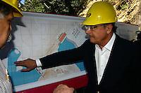 PIRAPORA DO BOM JESUS-SP, 07 DE MAIO DE 2012 – INICIO DAS OBRAS DA HIDRELÉTRICA DE PIRAPORA, O Governador Geraldo Alckimin da inicio as obras da construção da hidrelétrica na  cidade de Pirapora do Bom Jesus, na grande Sao Paulo, na manha desta segunda-feira, 07. FOTO: DENIS OLIVEIRA / BRAZIL PHOTO PRESS.
