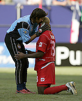 July 24, 2005: East Rutherford, NJ, USA:  Panamanian goalkeeper Jaime Penedo (1) consoles teammate Luis Tejada (18) after he missed a penalty kick during the CONCACAF Gold Cup Finals at Giants Stadium.  The USMNT won 3-1 on penalty kicks.