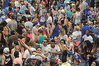 SÃO PAULO, SP - 09.02.2016: CARNAVAL-SP - Integrantes da Escola de samba Império de Casa Verde comemoram o título do carnaval 2016 de São Paulo na quadra da escola, no bairro da Casa verde, na tarde desta terça-feira (09). (Foto : Marcio Ribeiro/Brazil Photo Press)