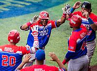 Jesmel Valentin de Puerto Rico Homerun.<br /> .<br /> Partido de beisbol de la Serie del Caribe con el encuentro entre Caribes de Anzo&aacute;tegui de Venezuela  contra los Criollos de Caguas de Puerto Rico en estadio Panamericano en Guadalajara, M&eacute;xico,  s&aacute;bado 5 feb 2018. <br /> (Foto: Luis Gutierrez)<br /> <br /> Baseball game of the Caribbean Series with the match between Caribes de Anzo&aacute;tegui of Venezuela against the Criollos de Caguas of Puerto Rico, at the Pan American Stadium in Guadalajara, Mexico, Saturday, February 5, 2018.<br /> (Photo: Luis Gutierrez)