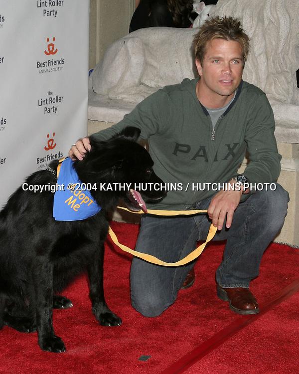 ©2004 KATHY HUTCHINS /HUTCHINS PHOTO.LINT ROLLER BENEFIT FOR BEST FRIENDS.HOLLYWOOD, CA.APRIL 28, 2004..DAVID CHOKACHI