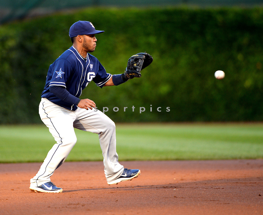 San Diego Padres Alexi Amarista (5) during a game against the Chicago Cubs on July 24, 2014 at Wrigley Field in Chicago, IL. The Padres beat the Cubs13-3.