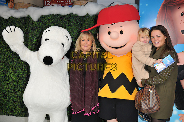 Lila Killingback, Lauren Killingback &amp; Linda Robson attend the &quot;Snoopy &amp; Charlie Brown: The Peanuts Movie 3D&quot; gala film screening, Vue West End cinema, Leicester Square, London, England, UK, on Saturday 28 November 2015.<br /> CAP/CAN<br /> &copy;Can Nguyen/Capital Pictures