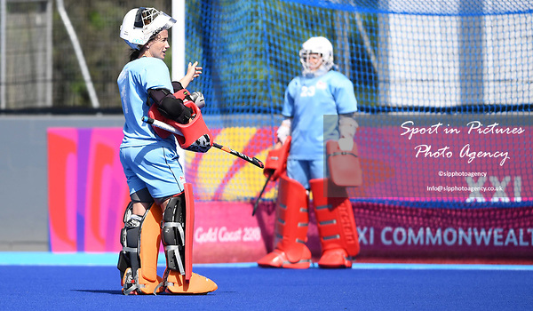 Maddie Hinch (Team England, ENG, goalkeeper, left) points at Amy Tennant (Team England, ENG, goalkeeper). Womens hockey training. Commonwealth games hockey centre. Queensland. Australia. Gold Coast 2018. 03/04/2018. ~ MANDATORY CREDIT Garry Bowden/SIPPA - NO UNAUTHORISED USE - +44 7837 394578
