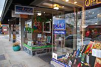Arts of Snohomish Storefront, Snohomish, Washington, US
