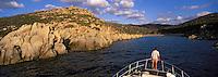 Europe/France/Corse/2A/Corse-du-Sud/Env de Propriano: En bateau dans le golfe de Valinco - La côte rocheuse vers la pointe de Campomoro