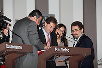 SAO PAULO, SP, 24 SETEMBRO 2012 - ELEICOES 2012 - DEBATE TV GAZETA / TERRA -  O candidato Paulinho da Forca (PDT) antes do debate entre os candidatos a Prefeitura de Sao Paulo, realizado na TV Gazeta em Sao Paulo (SP), na noite desta segunda-feira (24) (FOTO: VANESSA CARVALHO / BRAZIL PHOTO PRESS).