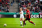01.05.2019, RheinEnergie Stadion , Köln, GER, DFB Pokalfinale der Frauen, VfL Wolfsburg vs SC Freiburg, DFB REGULATIONS PROHIBIT ANY USE OF PHOTOGRAPHS AS IMAGE SEQUENCES AND/OR QUASI-VIDEO<br /> <br /> im Bild | picture shows:<br /> Anna Blaesse (VfL Wolfsburg #9) vor Sandra Starke (SC Freiburg Frauen #13) am Ball, <br /> <br /> Foto © nordphoto / Rauch