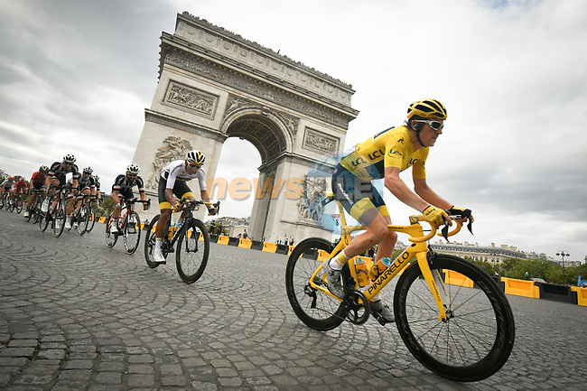 Race leader Yellow Jersey Geraint Thomas (WAL) Team Sky rounds the Arc de Triomphe during Stage 21 of the 2018 Tour de France running 116km from Houilles to Paris Champs-Elysees, France. 29th July 2018. <br /> Picture: ASO/Bruno Bade | Cyclefile<br /> All photos usage must carry mandatory copyright credit (© Cyclefile | ASO/Bruno Bade)