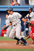 August 15, 2009:  Shortstop Kelvin Castro of the Staten Island Yankees during a game at Dwyer Stadium in Batavia, NY.  Staten Island is the Short-Season Class-A affiliate of the New York Yankees.  Photo By Mike Janes/Four Seam Images