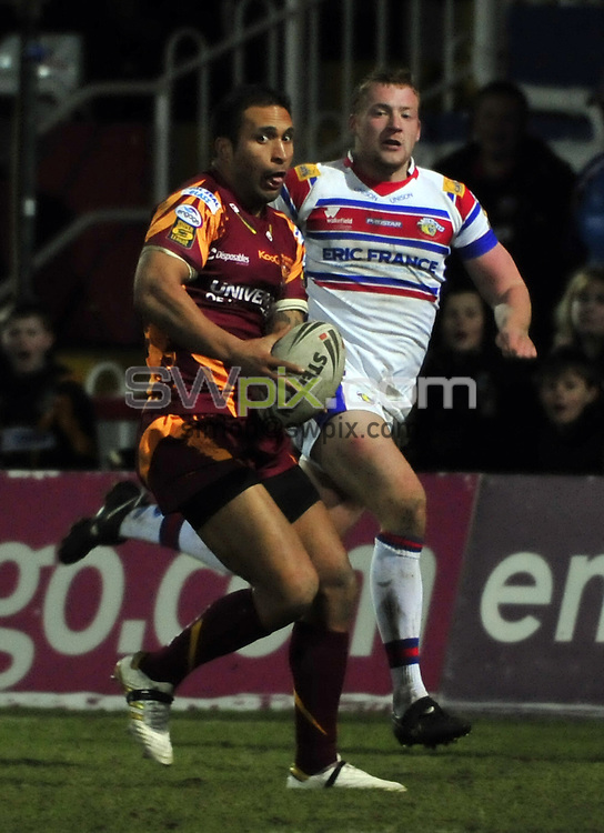 PICTURE BY VAUGHN RIDLEY/SWPIX.COM - Rugby League - Super League - Wakefield v Huddersfield - Hearwell Stadium, Wakefield, England  - 06/03/10...Copyright - Simon Wilkinson - 07811267706...Huddersfield's Paul Whatuira.