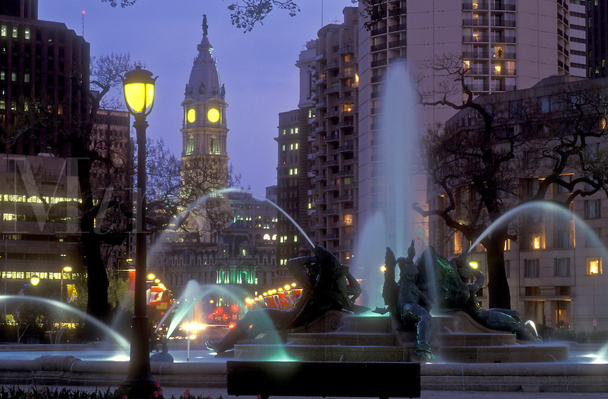 AJ1188, Philadelphia, Pennsylvania, Fountain at Logan Circle with City Hall in the background in the evening indowntown Philadelphia, Pennsylvania. The fountain was cast by Alexander Stirling Calder.