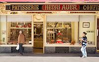France, Provence-Alpes-Côte d'Azur, Nice: confectionary and candy store Henri Auer - exterior | Frankreich, Provence-Alpes-Côte d'Azur, Nizza: Patisserie und Confiserie Henri Auer - Aussenansicht