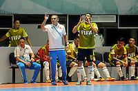 CALI -COLOMBIA-16-09-2016: Arney Fonnegra, técnico de Colombia, gesticula durante el encuentro del grupo A entre Colombia y Panama de la Copa Mundial de Futsal de la FIFA Colombia 2016 jugado en el Coliseo del Pueblo en Cali, Colombia. / Arney Fonnegra, coach of Colombia, gestures during the match of the group A between Colombia and Panama of the FIFA Futsal World Cup Colombia 2016 played at Metropolitan Coliseo del Pueblo in Cali, Colombia. Photo: VizzorImage/ NR / Cont
