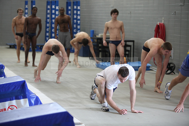 The UK swimming and diving team practices at the Seaton Center on Thursday, October 22, 2009. Photo by Britney McIntoshThe UK swimming and diving team practices at the Seaton Center on Thursday, October 22, 2009. Photo by Britney McIntosh