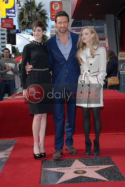 Anne Hathaway, Hugh Jackman, Amanda Seyfried<br />