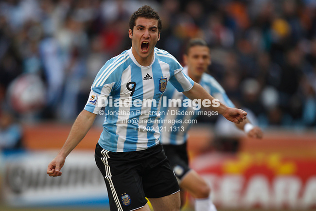 JOHANNESBURG - JUNE 17:  Gonzalo Higuain of Argentina celebrates after scoring a goal against South Korea during a 2010 FIFA World Cup football match June 17, 2010 in Johannesburg, South Africa.  NO mobile use.  Editorial ONLY.  (Photograph by Jonathan P. Larsen)