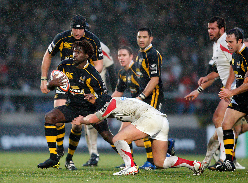 Photo: Richard Lane/Richard Lane Photography..London Wasps v Newcastle Falcons. EDF Energy Cup. 01/12/2007. .Wasps' Paul Sackey attacks.