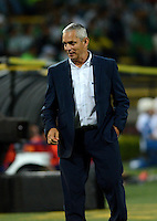 MEDELLIN- COLOMBIA - 17-08-2016: Reinaldo Rueda, tecnico de Atletico Nacional de Colombia durante partido de vuelta de la primera fase por la Copa Suramericana entre Atletico Nacional de Colombia y Deportivo Municipal de Peru, en el estadio Atanasio Girardot de la ciudad de Medellin.  / Reinaldo Rueda, coach of Atletico Nacional of Colombia during a match for the second leg of the first phase between Atletico Nacional of Colombia and Deportivo Municipal of Peru, for the Copa Suramericana in the Atanasio Girardot stadium, in Medellin city. Photo: VizzorImage / Leon Monsalve / Cont.
