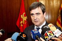 """El presidente del Consejo Superior de Deportes, Miguel Cardenal, ha señalado este jueves, 9 de febrero, en Zaragoza que """"el Gobierno responderá de la manera que sea más adecuada a los ataques injustos que están sufriendo deportistas españoles"""", en referencia a las veladas acusaciones de dopaje por parte de algunos medios de comunicación franceses."""