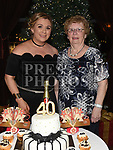 Jenny Fagan celebrating her 40th birthday in The Thatch with mother Doreen Fagan. Photo:Colin Bell/pressphotos.ie