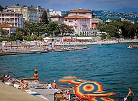Kroatien, Istrien, Kvarner Bucht, Opatija: im Zentrum von Opatija der Slatina Beach | Croatia, Istria, Kvarner Gulf, Opatija: centre with Slatina Beach