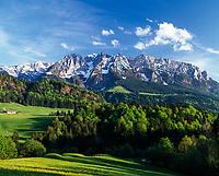 Austria, Tyrol, near Walchsee at Kaiserwinkl region: Zahmer Kaiser mountains | Oesterreich, Tirol, bei Walchsee im Kaiserwinkl: Zahmer Kaiser