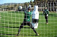 SOTOGRANDE  - Voetbal, Trainingskamp FC Groningen, seizoen 2017-2018, 11-01-2018,  FC Groningen doelman Jan Hoekstra