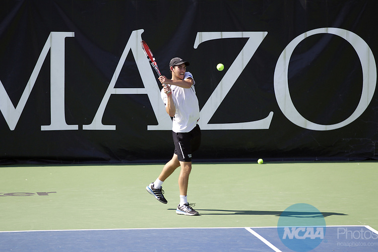 25 MAY 2016: Kyle Wolfe of Bowdoin College returns a volley during the Division III Men's Tennis Championship, at Stowe Stadium in Kalamazoo, MI. Bowdoin College defeated Middlebury 5-0 for the national title. Tony Ding/NCAA Photos