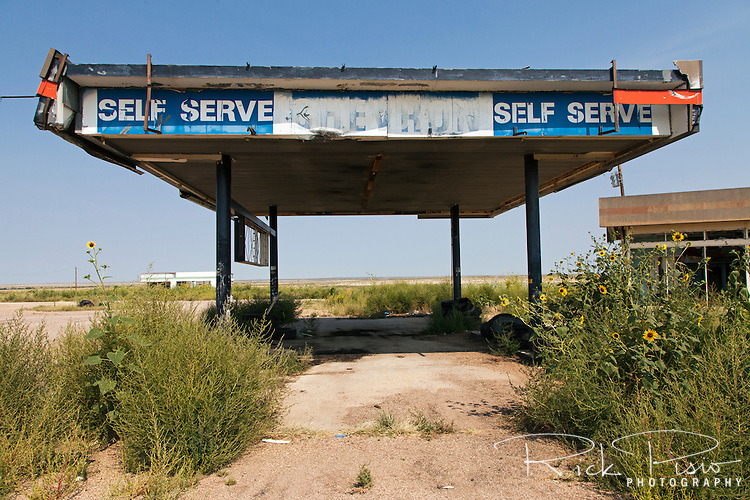 A closed an abandoned Standard-Chevron gas station at the Glenrio exit of Interstate 40 in Texas.