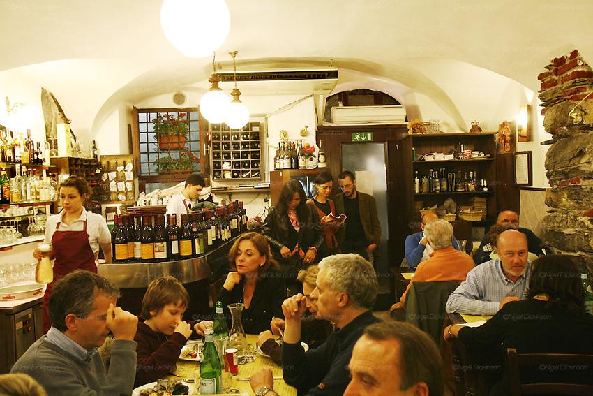 Osteria di Vico Palla, 15r. The Best Restaurants in Genoa
