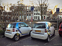 Charging together at the Keizersgracht.<br />